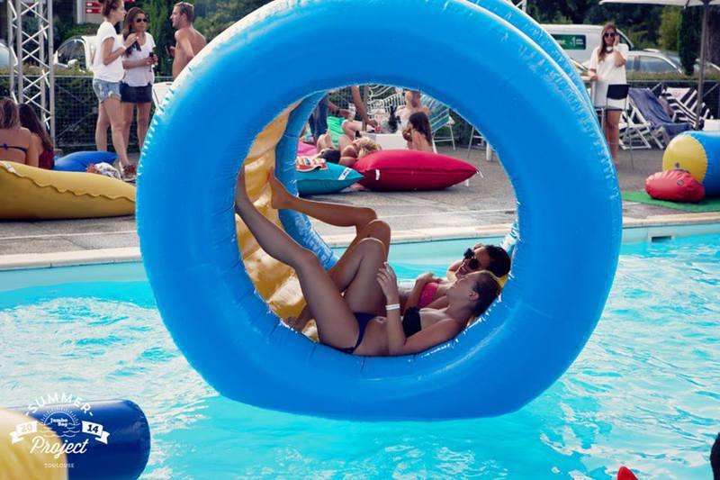Jeu d 39 eau gonflable et aquatique - Ou acheter une piscine gonflable ...